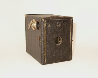 VINTAGE Ansco DOLLAR CAMERA Box Camera, Working