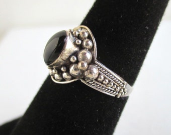 925 Sterling Silver & Black Onyx or Glass Ring - Vintage, Size 5 1/4