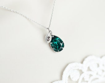 Green Emerald Swarovski Terdrop, Custom Initial Necklace,Birthstone Personalized Initial Necklace,Monogram Initial Necklace,Bridesmaids Gift