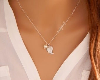 Leaf Charm Necklace, Silver Pearl Necklace, Bridesmaid Jewelry, Wedding Jewelry, Bridesmaid Gift, Junior Bridesmaid, Simple Everyday Jewelry