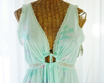 Miss Elaine Aqua Maxi Nightgown Keyhole Opening Store Tags Attached Union U.S.A. Made Small Mint