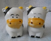 Black and White Cow Salt and Pepper Shakers - vintage, collectible, animal