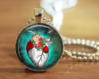 Heart Pendant, Anatomical Heart Pendant, Gothic Style Pendant, Gift for Her