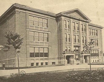 Queen Alexandria School Broadview Avenue TORONTO Vintage Postcard 1911 Demolished School Architecture