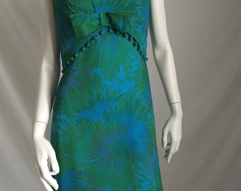 60's Turquoise and Green Crepe Floral Sleeveless Sheath With Adorable Center Bow