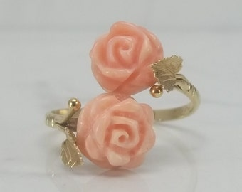 Vintage Carved Coral Rosette 18k Solid Gold Bypass Ring Size 8