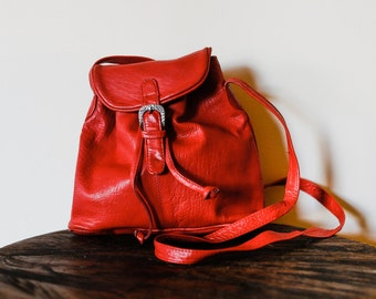 80s Red Leather Boho Draw String Cross Body Bag.