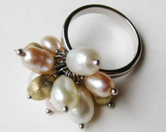 Vintage Ring Sterling Silver Genuine Freshwater Pearl Cluster Ring size 8 1/4