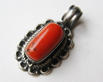 Vintage Navajo American Indian Solid Sterling Silver & Red Coral Nugget Necklace Pendant