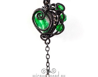 OOAK Green gothic wire wrapped heart pendant