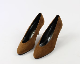 VINTAGE Suede Pumps 1980s Heels Soft Brown Size 6.5