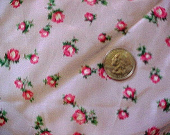 Vintage 40s Silk Print Fabric Tiny Roses 1.4 yards ~ 52 inches ~