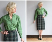 1950s Blouse // Green Long Sleeve Blouse // vintage 50s button front shirt