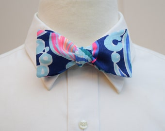 Men's Bow Tie, navy pink Lilly Going Coastal, groomsmen's gift, wedding party wear, groom bow tie, prom bow tie, Carolina Cup, Derby bow tie
