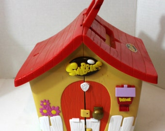 Snubbies toy play house fold in for storage vintage children's toys