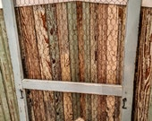 Vintage Screen Door w/Chicken Wire Painted and Distressed/Farmhouse Chic/Chippy Painted Door/Ourdoor Wedding Decor/Photo Display