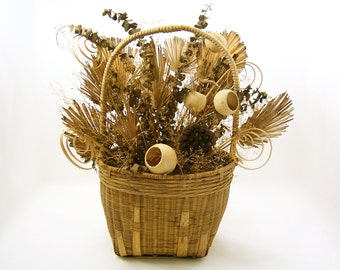 Large handwoven basket, natural dried bouquet arrangement for fall, brown/tan wedding or home decor, vintage antique housewarming gift idea