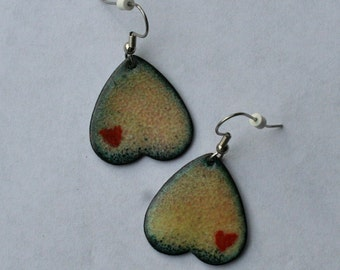 Heart Tattoo buns earrings in copper enamel / butts with hearts