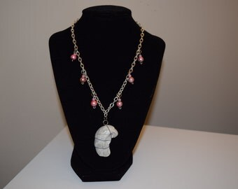 Shell and pink beads necklace