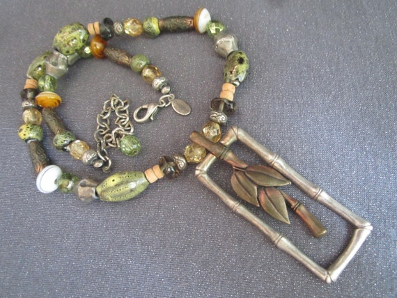 Vintage Chico's Beaded Pendant Necklace, palm tree necklace, green beaded,signed