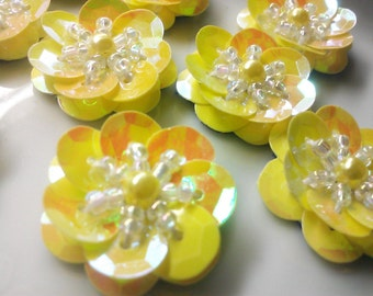 25 Pieces 20 mm Handmade Iridescent Gold Sequins Daisy Flower Appliques