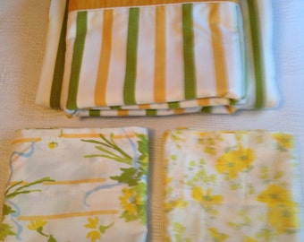 Vintage Full Size Flat and Fitted Set of Bed Sheets with Flower Pillowcases Gold Yellow and Green Stripes Cottage Style