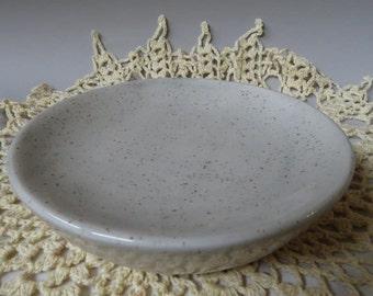 Gray round soap dish