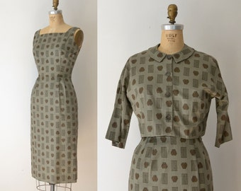 1950s Novelty Print Dress / 50s Cotton Wiggle Dress