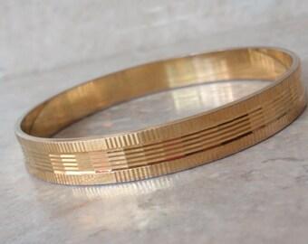 Gold Bangle Bracelet Patterned Textured Made in West Germany Vintage V0520