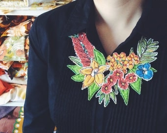 Floral native neckpiece