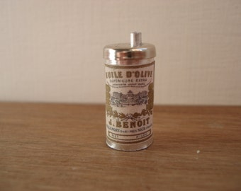Miniature olive oil can