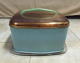 Vintage cake saver and serving dish