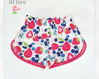Strawberry and blueberry Baby toddler girls  pompom shorts