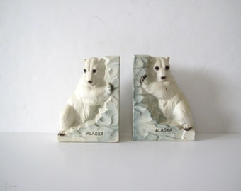 Vintage bookends/ Alaska souvenir/ polar bear pair