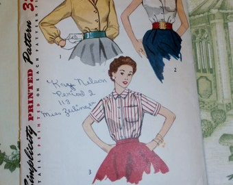 "Vintage 1950's Simplicity Pattern 4256 for Misses Blouse Size 14, Bust 32"", Waist 26"""