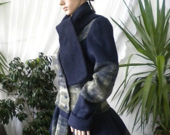 Optional and stylish women's coat made of cashmere.