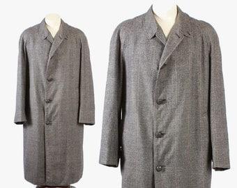 Vintage 60s OVERCOAT / 1960s Men's Glen Plaid Wool British Winter Coat M