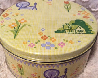 Vintage Spinning Wheel Tin Container Yellow Yarn Knit Crochet
