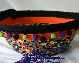 SALe.... Halloween Decoration, Handmade Bowl, Fun Halloween Basket, Unique Fiber Bowl,  homemade coiled fabric basket