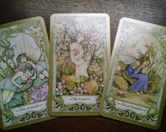 Tarot or Oracle Card Reading (3-5 cards)