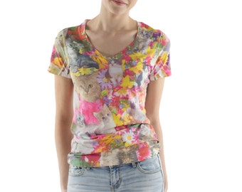 Kitty Garden V Neck Tee