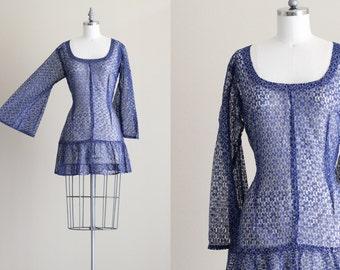 SALE - Vintage Gogo Dress . 60s Mini Dress . Blue Lace Bell Sleeve Dress