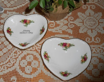 Two 1962 Old Country Roses Royal Albert Bone China Trinket Dish - Mothers Day