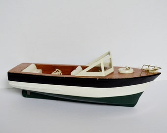 Vintage Wooden Boat Chris Craft Style 1950s