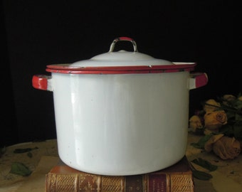 Vintage Small Red and White Enamel Pot with Lid / Dutch Oven / Rustic Kitchen Chippy Enamel Pot