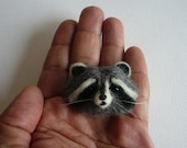 Needle Felted Raccoon brooch/Animal Sculpture Raccoon Brooch  / Made to order/Custom Miniature Sculpture of your pet
