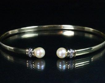 Effortless Beauty!  Pearl & Diamond Gold Bangle Bracelet 14k