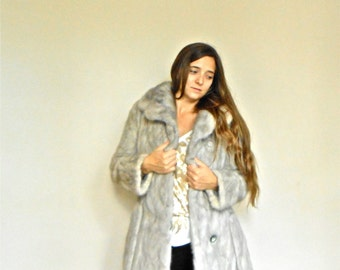 Vintage 1970s Nigbor Fitted Mink Fur Coat Gray Full Lining Mid Length Grey Belted 70s Winter Jacket Fashion