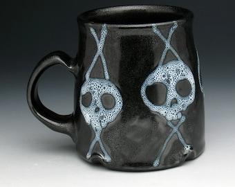 Skull Pottery Mug, Spotted Ghost Skulls Metallic Black Pint Mug