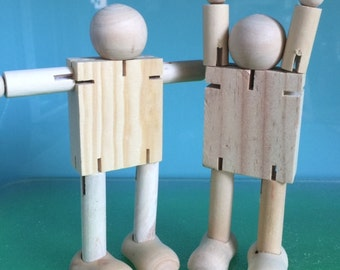 POSABLE WOODEN ROBOTS *** 2 x 17cms timber robots***Wooden Dolls***Steiner Toys***Wooden Bendy Dolls